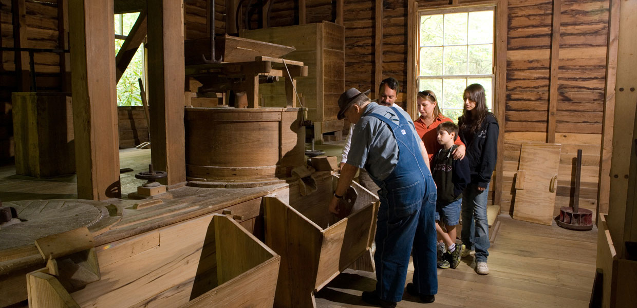 grinding corn at Mingus Mill